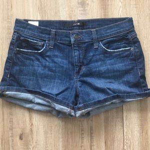 Size 28 mid rise Joe's Jeans shorts